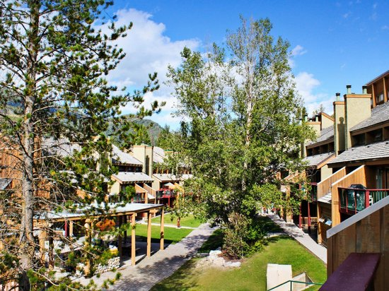Panorama Vacation Retreat at Horsethief Lodge: Exterior of Resort