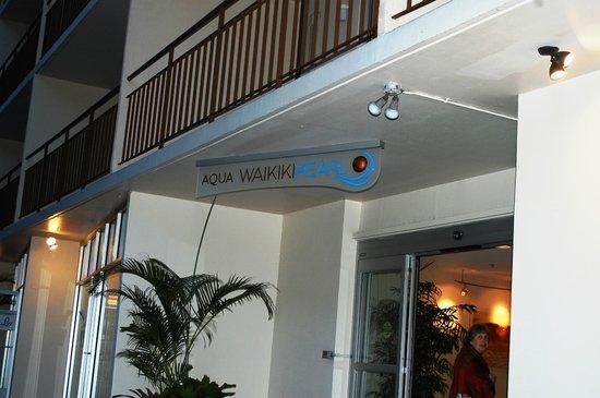Pearl Hotel Waikiki: entrada