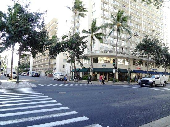 Pearl Hotel Waikiki: esquina del hotel