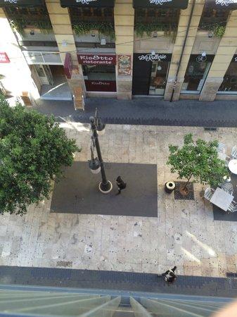 Hotel Sorolla Centro: View from balcony