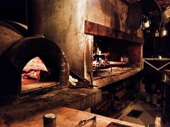 Casa Banana : Wood burning grill