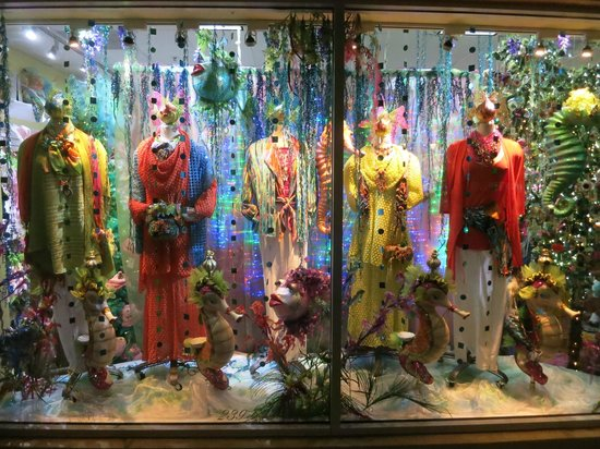 Fifth Avenue South: A display window you might see along your walk