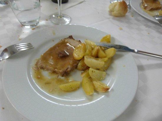 Kore Hotel: Saucy pork