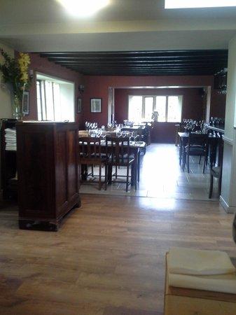 The White Horse Inn: Interior of restaurant