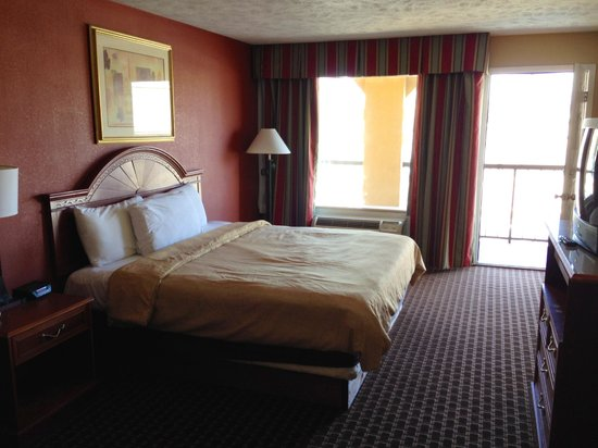 River View Inn: NON-SMOKING KING BED