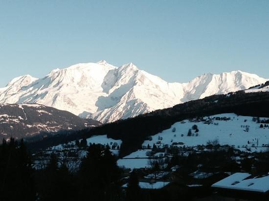 Aux Ducs De Savoie : Room with a view