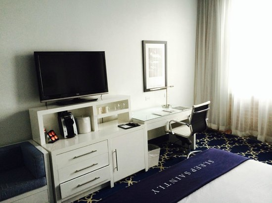The Saint Hotel, Autograph Collection : Room 826