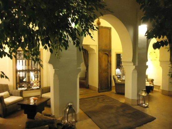 Riad Al Massarah: Courtyard.
