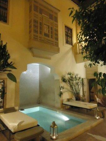 Riad Al Massarah : Courtyard.