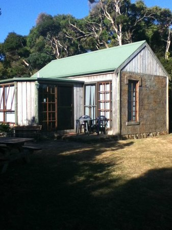 Stanley Lakeside Spa Cabins: our cabin