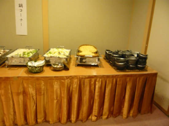Niseko Grand Hotel: 夕食バイキングで自分専用の鍋が作れます