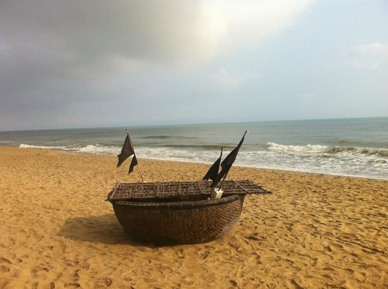 An Bang Seaside Village Homestay: A boat of the local fisherman