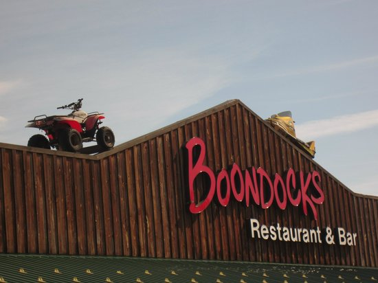 Boondocks Restaurant and Bar: Front closeup