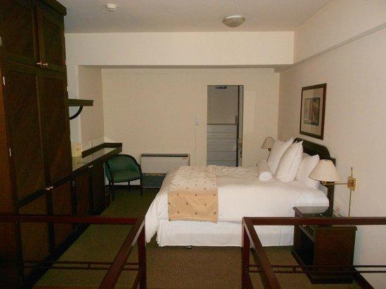 Thunderbird Hotels Fiesta Hotel & Casino: COMFY BED