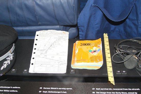 Carolinas Aviation Museum: LaGuardia AP Approach Map from UA Airways flt 1549