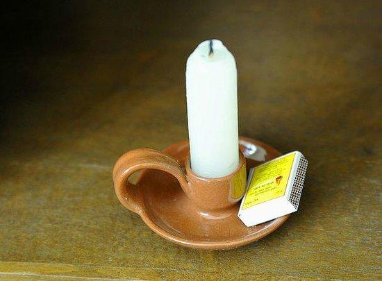 Mum's Garden Resort: 蝋燭もあります停電も大丈夫?