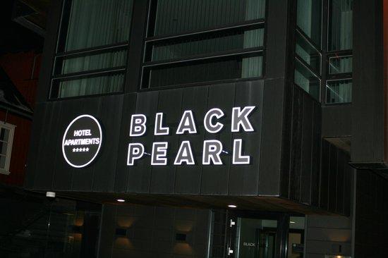 Black Pearl - Reykjavik Finest Apartments: Outside signage