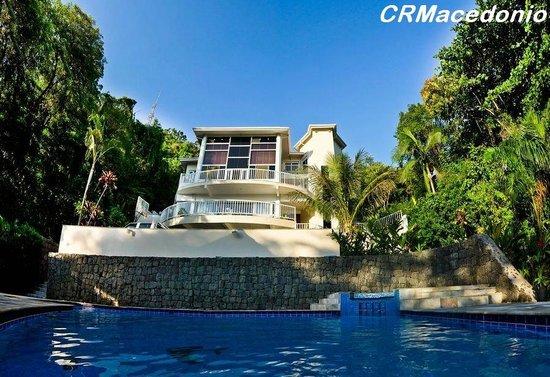 Villa Tenorio: Na piscina