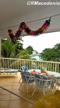 Villa Tenorio: Café na varanda