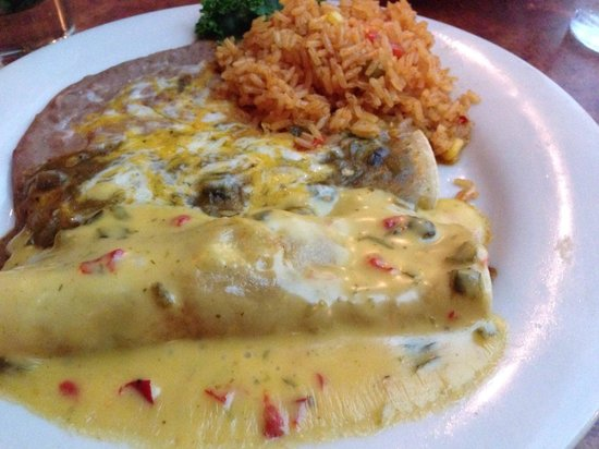Abuelo's: Shredded beef enchiladas