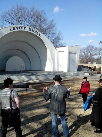 Backbeat Tours : Shell at Overton Park
