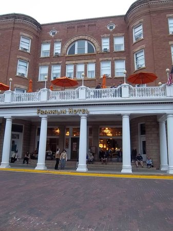 Silverado Franklin Historic Hotel & Gaming Complex: hotel with character, not much else