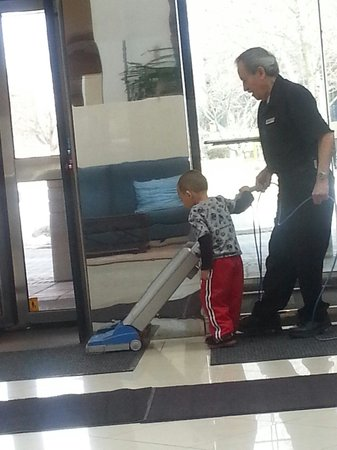 Hilton Stamford Hotel & Executive Meeting Center : My son helping the staff clean. He had a blast!