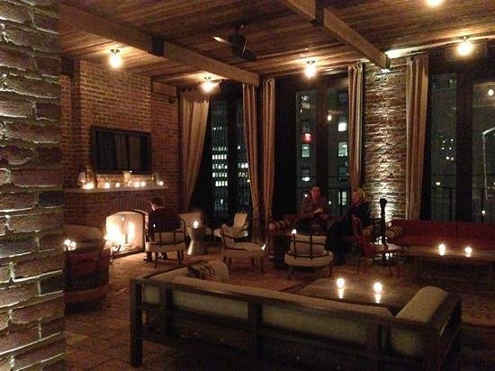 Refinery Hotel: Rooftop bar.