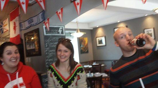 Humphry's Restaurant and Pub: Good times at humphreys