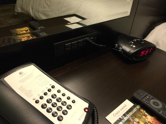 DoubleTree by Hilton Binghamton: BIG nightstand with lots of places to power up!