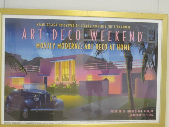 Art Deco Historic District: Art Deco Centre--great posters