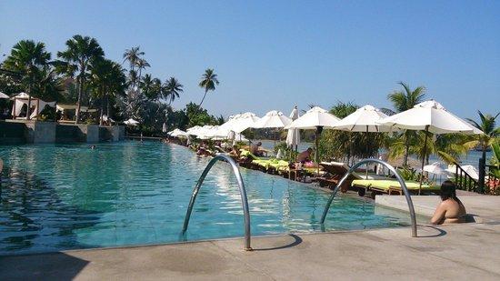 Pullman Phuket Panwa Beach Resort: Piscine