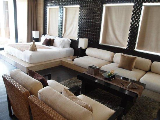 Anantara Seminyak Bali Resort: Ocean View Room - so spacious