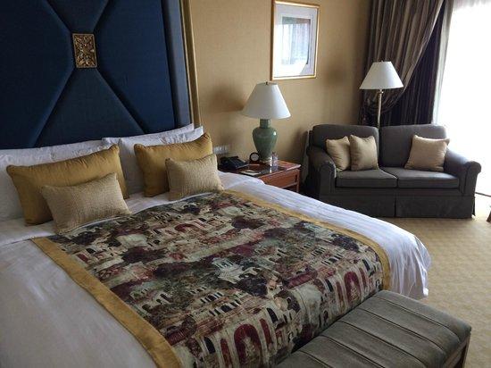 Shangri-La Hotel,Bangkok: ベッド