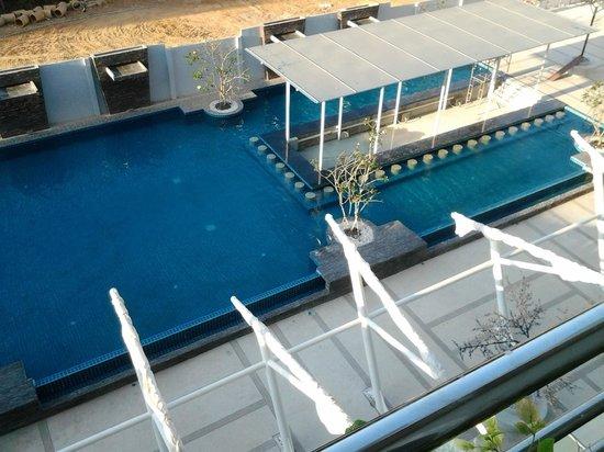 KpK Hotel  (Front Wing): Pool bar