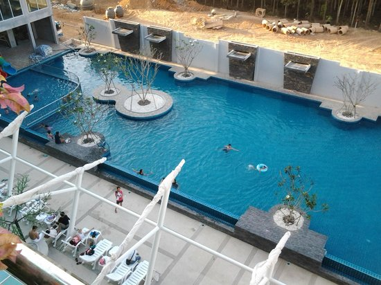 KpK Hotel  (Front Wing): Pool view