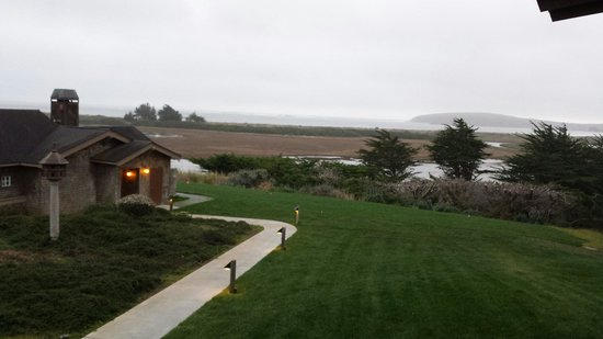 Bodega Bay Lodge: View from upper pacific room