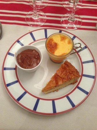 Restaurant Euzkadi : Assiette de desserts Basques