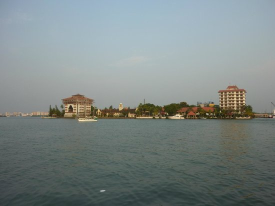 Vivanta by Taj - Malabar: view from the sunset cruise, hotel tower is building to the right