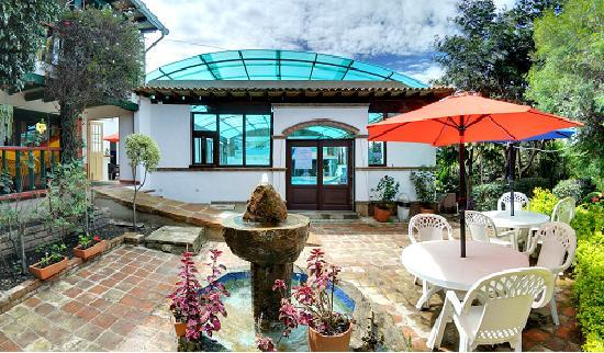 Hotel Spa Villa Lina: Jardines