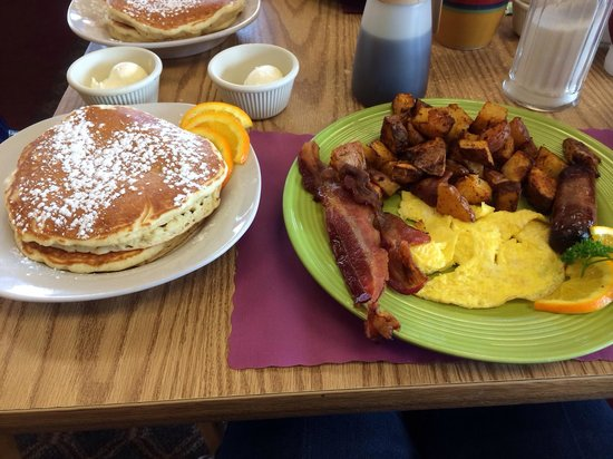 Shea's Cafe & Bakery: Pancakes, bacon, eggs, sausage and potatoes