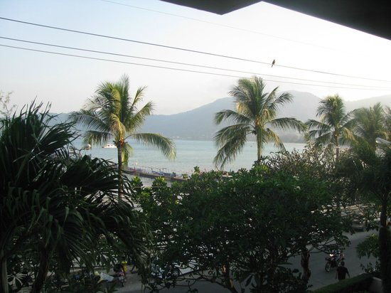 Seaview Patong Hotel : View from Room 332