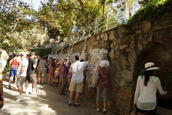 Meryemana (The Virgin Mary's House): Wall of wishes