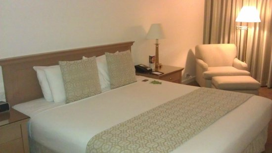 Stamford Plaza Sydney Airport: Bedroon