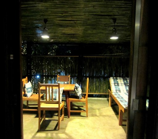 De Wiangkumkam Hotel: Terrace