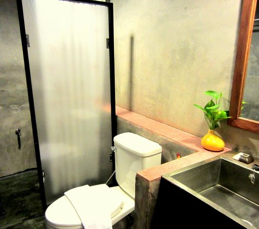 De Wiangkumkam Hotel : Toilet