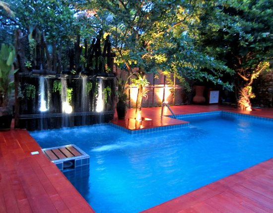 De Wiangkumkam Hotel : Swimming pool