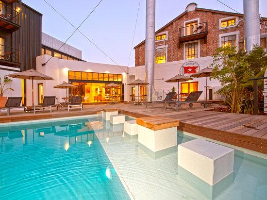 Turbine Hotel & Spa : Turbine Hotel pooldeck