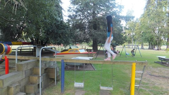 Rotorua Hideaway Lodge : The playground