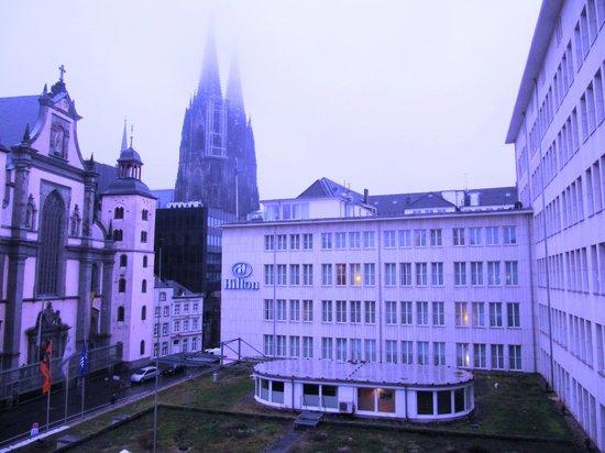 Hilton Cologne : Вид из окна
